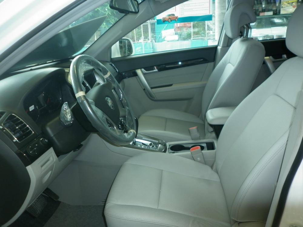 Xe Chevrolet Captiva LTZ 2016