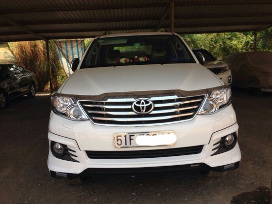 Xe Toyota Fortuner  2015