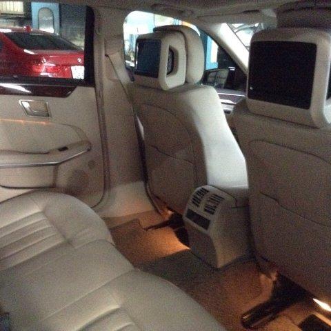 Xe Mercedes-Benz E400  2014