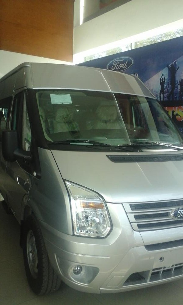 Xe Ford Transit Mid   2016