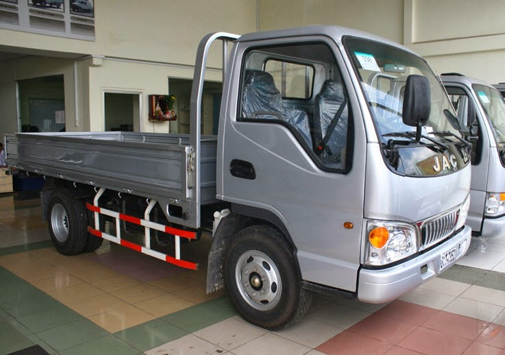 Giá bán xe tải Jac 1 tấn 1.25 tấn 1.5 tấn 2.4 tấn 2.5 tấn 5 tấn rẻ nhất, sx 2015, bán xe trả góp đến 70%