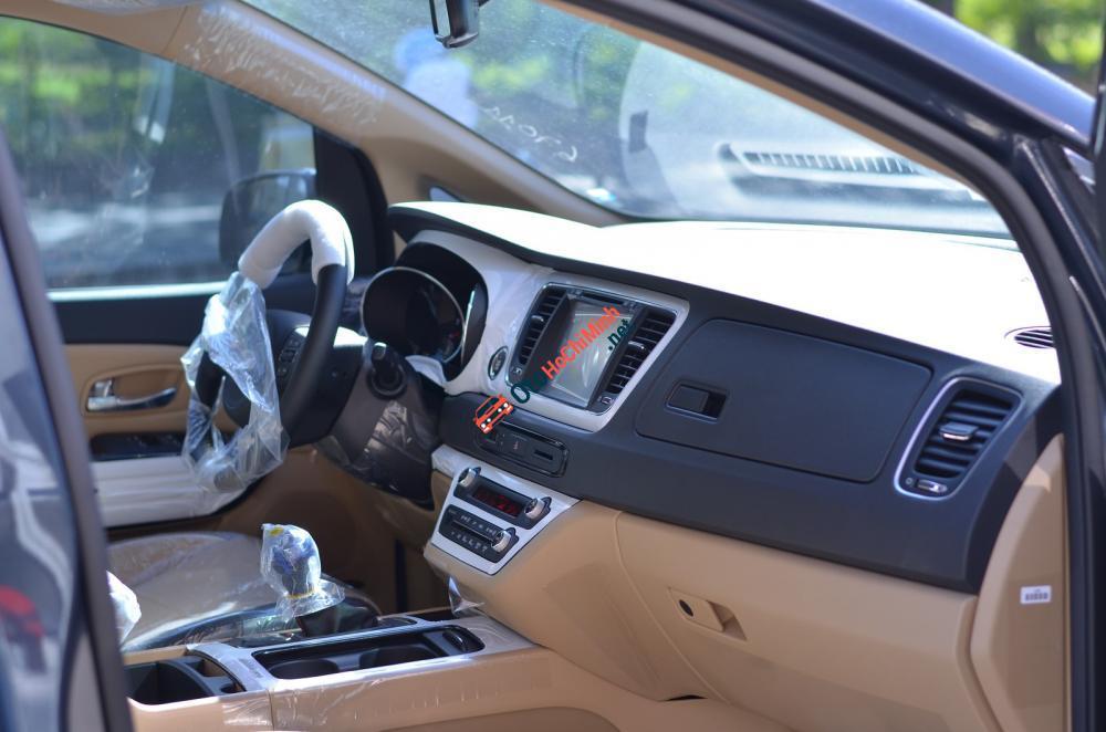 Bán xe Kia Sedona (xăng, dầu) full option 2016 giá tốt nhất, MPV