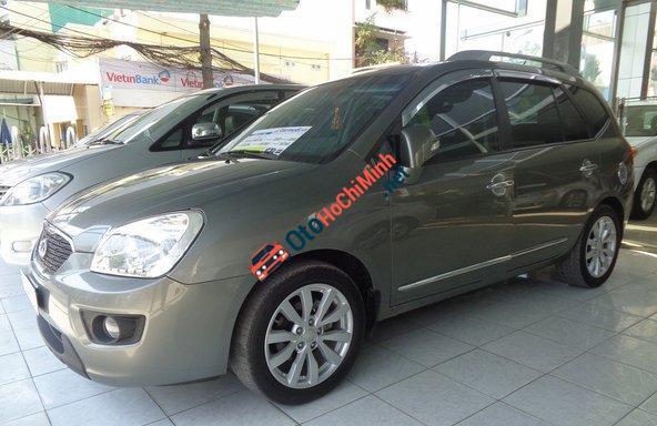 Cần bán Kia Carens 2.0 AT sản xuất 2012 đã đi 18000 km