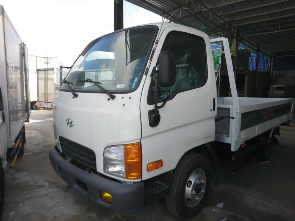 Bán Hyundai 2.5T  màu trắng thùng lửng