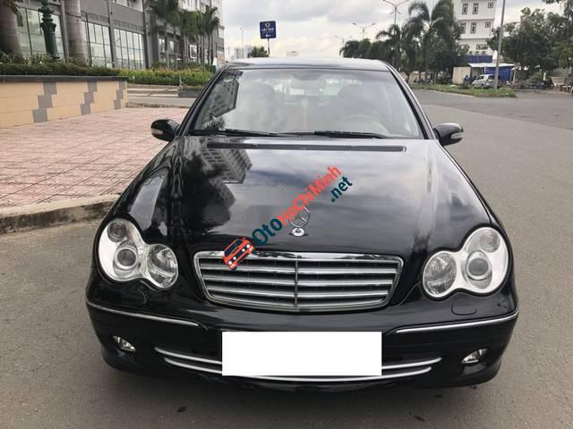 Bán Mercedes AT sản xuất 2005, màu đen