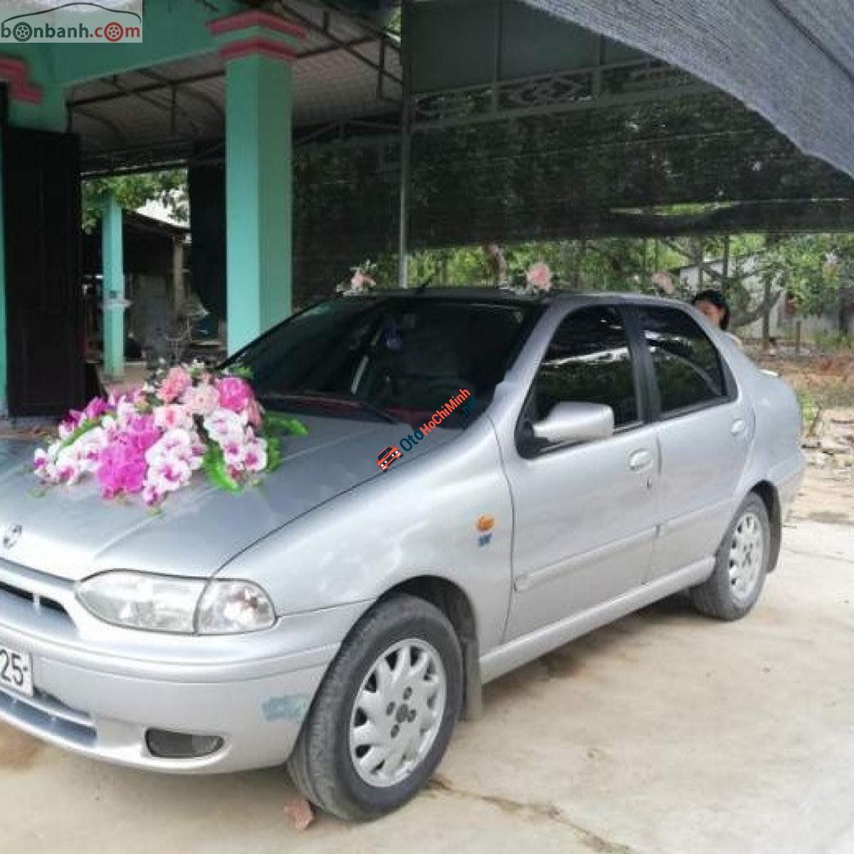 Cần bán gấp Fiat Siena HLX 1.6 năm 2003, màu bạc