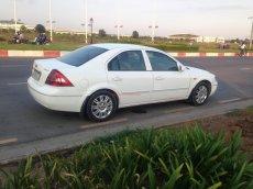 Bán xe Ford Mondeo 2.0 sản xuất 2003, màu trắng, nhập khẩu, số tự động, giá tốt