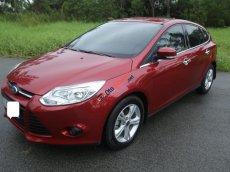 Bán Ford Focus 2014 1.6 AT màu đỏ, còn rất rất mới