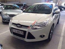 Cần bán lại xe Ford Focus 1.6 AT đời 2014, màu trắng số tự động, giá chỉ 630 triệu