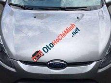 Cần bán lại xe Ford Fiesta AT đời 2011, màu bạc chính chủ, giá 400tr