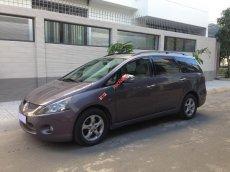 Nhà muốn đổi xe cần bán Mitsubishi Grandis 2005 số tự động