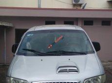 Cần bán xe Hyundai Starex GRX đời 2001, màu bạc, nhập khẩu nguyên chiếc, 125tr