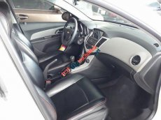 Bán Chevrolet Cruze 1.6 LS 2014, màu trắng còn mới