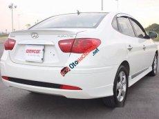 Bán Hyundai Avante 1.6AT đời 2011, màu trắng