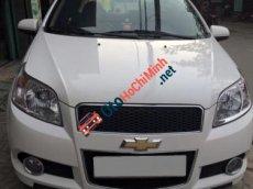 Cần bán Chevrolet Aveo MT đời 2014, màu trắng số sàn