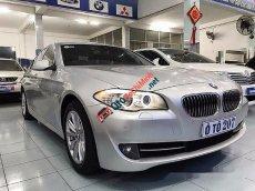 Cần bán BMW 5 Series 520i 2013, màu bạc, xe nhập