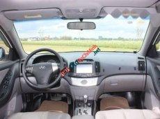 Bán ô tô Hyundai Avante 1.6AT đời 2011 số tự động, giá 395tr