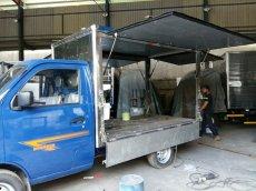 xe tải dongben 770 kg thung kin giá re .