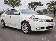 Cần bán Kia Forte, đời 2012, màu trắng số tự động, giá tốt