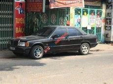 Cần bán lại xe Mercedes năm sản xuất 1988, màu đen, giá tốt