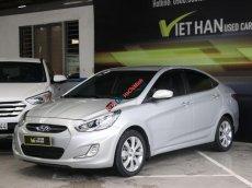 Cần bán xe Hyundai Accent blue 1.4AT đời 2013, màu bạc, xe nhập, 438tr