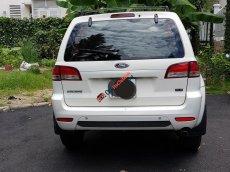 Bán xe Ford Escape XLS năm sản xuất 2011, màu trắng