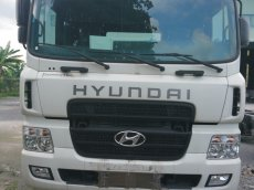 Bán Hyundai HD1000 màu trắng, nhập khẩu nguyên chiếc