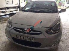 Bán ô tô Hyundai Accent AT đời 2011, màu bạc, không ngập nước, không cấn đụng không lỗi