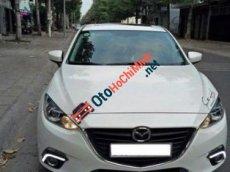 Cần bán xe Mazda 3 2015, màu trắng, chính chủ, odo 30.000km