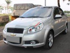 Mình muốn bán Chevrolet Aveo 2015 MT, màu bạc, xe đẹp tuyệt vời