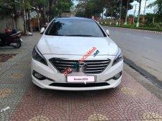 Cần bán gấp Hyundai Sonata AT sản xuất năm 2015, màu trắng, nhập khẩu