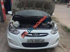 Bán Hyundai Accent AT đời 2011, màu trắng số tự động, 376tr