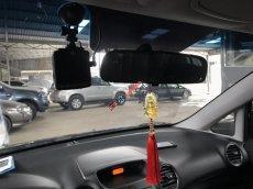 Cần bán Kia Carens 2.0 MT 2015, màu đen, 428tr còn thương lượng