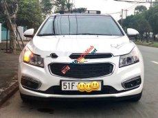 Bán Chevrolet Cruze 1.8LTZ năm sản xuất 2015, màu trắng xe gia đình giá cạnh tranh