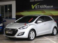 Bán xe Hyundai i30 1.6AT đời 2013, màu bạc, nhập khẩu nguyên chiếc, giá tốt
