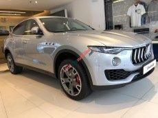 Bán Maserati Levante màu bạc/ kem giá siêu hấp dẫn. Bán xe Maserati Levante đời mới nhất