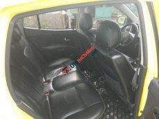 Cần bán lại xe Kia Morning AT năm 2010, màu vàng