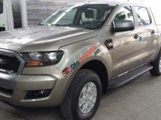 Cần bán Ford Ranger XLS AT đời 2015, màu vàng cát, nhập khẩu nguyên chiếc