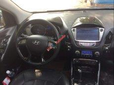 Cần bán gấp Hyundai Tucson AT đời 2010, xe nhập