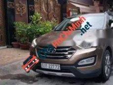 Cần bán gấp Hyundai Santa Fe AT đời 2015, màu nâu