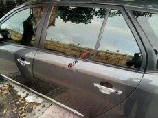 Cần bán xe Kia Carens Sx cuối 2015 màu xám, số sàn, xe đẹp nội thất sạch sẽ
