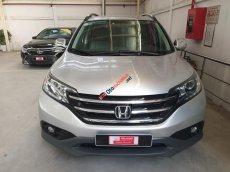 Bán xe Honda CR-V 2.0 đời 2013, màu bạc số tự động. Xe đi 45.000 km giá thương lượng khi khách xem xe