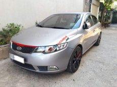 Cần bán Kia Forte 1.6 AT đời 2011, màu bạc còn mới