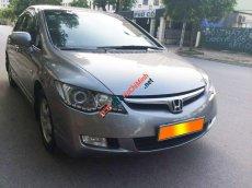 Cần bán xe Honda Civic 1.8, số tự động, màu xám bạc
