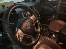 Cần bán xe Hyundai Tucson 4x4 đời 2010, màu đen, nhập khẩu Hàn Quốc số tự động