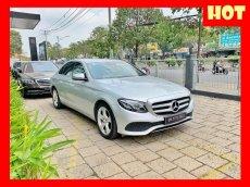 Bán xe Mercedes E250 bạc nội thất nâu 2018 chính hãng. Trả trước 800 triệu nhận xe ngay