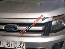 Cần bán gấp Ford Ranger XLS năm 2014, màu bạc số sàn, 450tr