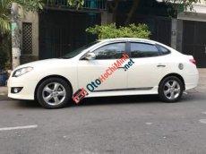 Cần bán lại xe Hyundai Avante 2013, màu trắng, nước sơn zin 100%