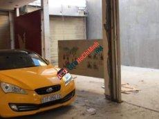 Bán Hyundai Genesis sản xuất 2011, màu vàng, nhập khẩu nguyên chiếc, 590 triệu