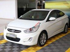 Cần bán Hyundai Accent Blue 1.4AT đời 2015, màu trắng, nhập khẩu nguyên chiếc, giá tốt